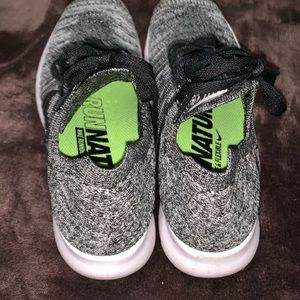 Nike Shoes - Nike free rn flyknit sneakers